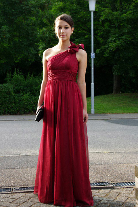 Good burgundy evening dress