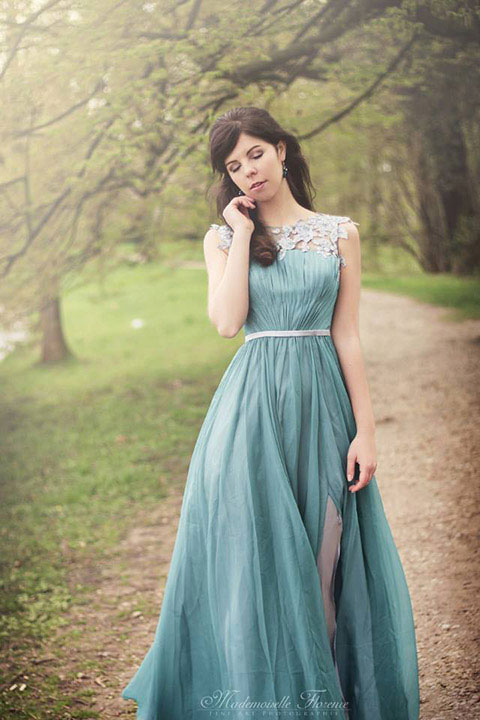 The dress was very elegant and perfect for a wedding or formal event