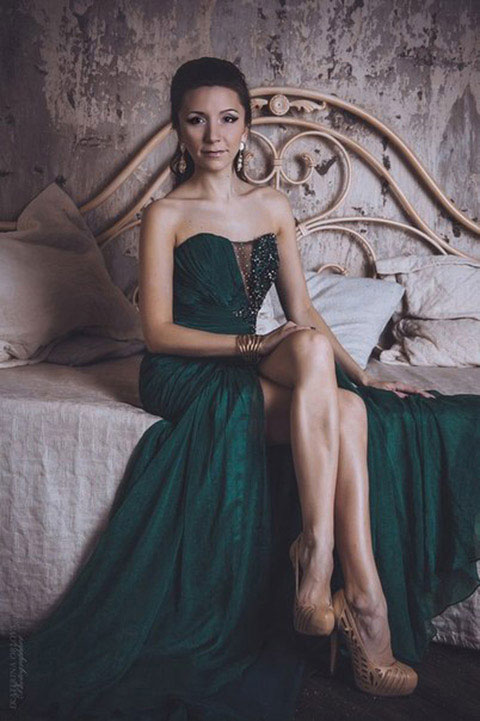 Dark green dress for wedding