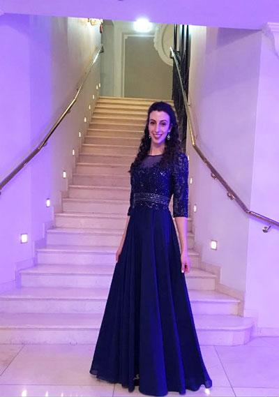 Blau Illusion Kleid mit süß Schatz Ausschnitt