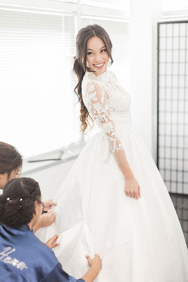 White Long Sleeves Embroidery Bridal Dress